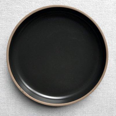 Japan plate in black